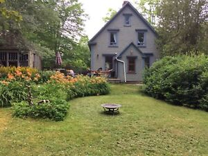 3 bedroom house in Mahone Bay available Sept 1st