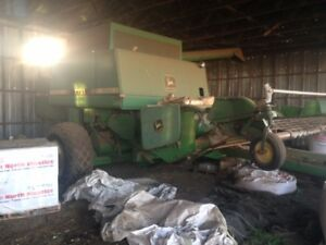 John Deere 7721 Titan II Combine for sale