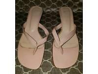 Pink ladies heeled flip flops size 7
