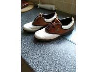 footjoy aqualites all leather golf shoes ..size 8...worn but in great condition