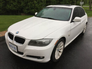 2011 BMW 328 xDrive - EXECUTIVE PACKAGE (Certified)