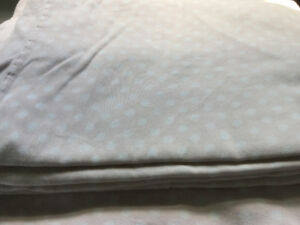 Pink and white polka dot full size bedsheets