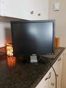 Dell computer screen...perfect condition