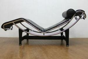 Le Corbusier Chaise Lounge Chair Black Leather  rarely used