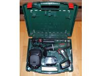 Bosch Cordless Hammer Drill (PSB 18 LI-2) with 2 Lithium Ion 1.5Ah batteries, charger, case