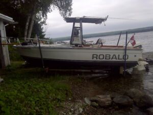 Great rough water boat in super condition