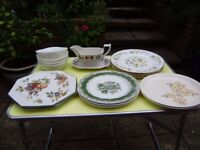Set of 6 soup bowls, tea pots, dinner plates, oven baker, vases, mugs