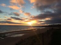 2 Bed Flat - Beach Location - No Fees