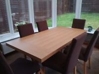 Pine effect rectangular dining table and 6 chairs £200