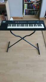 Casio tone CT-370 electric keyboard with stand
