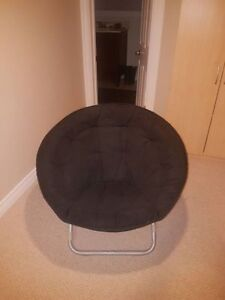 ROUND chair Black