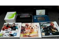 Nintendo 3DS complete with 3 games charger and carry case