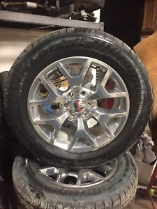 2017 GMC Sierra 20 inch Polished Alloy wheels/tires