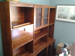 Wall unit to give away