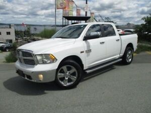 2015 RAM 1500 Big Horn HEMI 4X4 (BUCKET SEATS WITH CENTER CONSOL