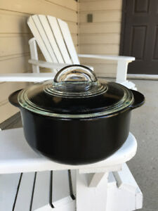 Pampered Chef RockCrok ceramic casserole