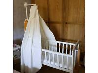 Cosatto Stork Swinging Crib With BRAND NEW UNUSED mattress