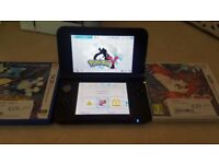Nintendo 3ds xl in excellent condition with games
