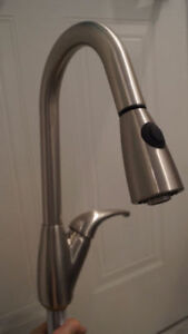 Robinets  cuisine Kitchen Faucet --NEUF-- 60% MOINS CHER