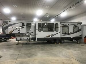 CAMPER;  For Sale Heartland Cyclone Camper 4014
