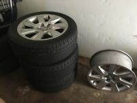 4xAudi A5 17inch Alloy Wheels -- comes with 3 tyres