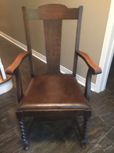 4 Antique Oak Dining Chairs