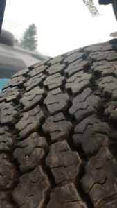 Great condition tires ! 31x10.50 r15 lt