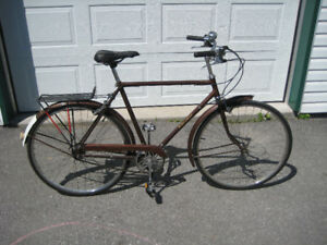 Raleigh Sports 3 speed cruiser. Made in Canada!