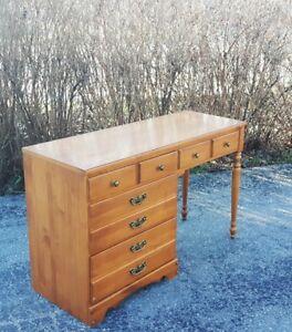 Roxton Desk