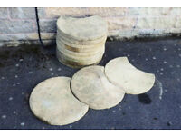 Round paving slabs