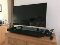 """Sony 32"""" Smart TV and Sony Home Theatre System Cost £600 sell £250 only 8 months old"""