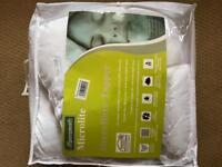 Brand New Single Mattress Topper/Mattress Pad