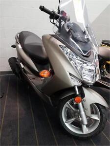 Yamaha S-MAX XC155FG