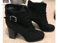 Ladies size 6 boots