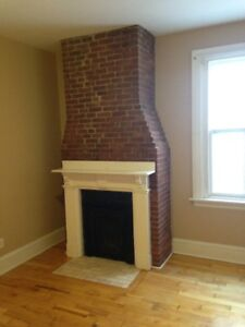Large Room Steps to SMU EVERYTHING INCLUDED! Available Sept 1st