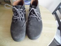 PAIR OF MEN'S RIVER ISLAND SUEDE ANKLE BOOTS. SIZE 10. DARK GREY.