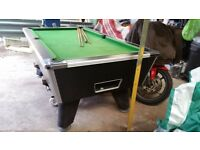 7' x 4' Pool table