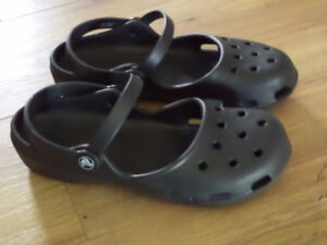 *NEW* Crocs Women's Karin Clog Mule