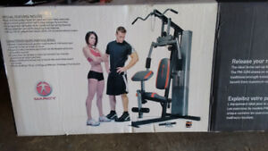 Marcy Home Gym (150lb)