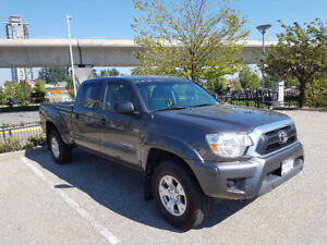 2013 Toyota Tacoma 4X4 Double Cab V6 Auto (Very Low Km's)