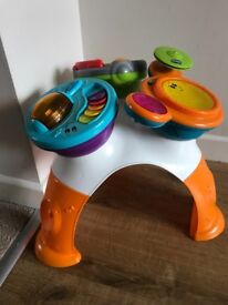 Chicco baby music play table