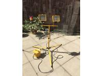 FOR SALE Outdoor Tripod, it's 110V