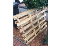 Wooden crates and pallet free uplift