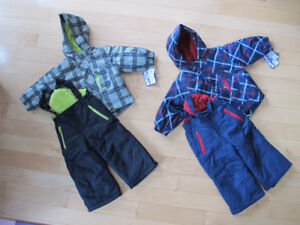Boys snowsuits/Ensemble de neige: 12m, 18m and 3T