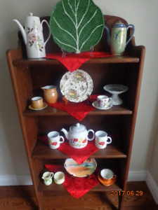 MOVING SALE: Selling antiques, collectibles, vintage items, etc.