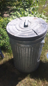 Metal garbage can