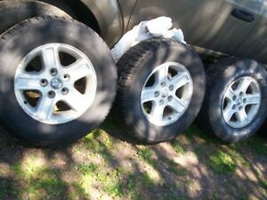 4-rims off 2011 Dodge Ram 3 alloys 1 steel all have P265/70R17