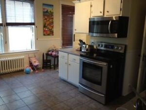Large Rooms Steps to DAL, EVERYTHING INCLUDED|Sept 1st