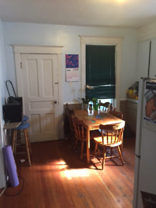 Room available in 3br upper flat on Lawrence st. September 1st