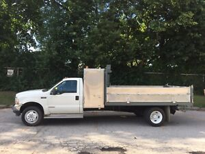 2004 F550 , aluminum dump box truck with large tool box